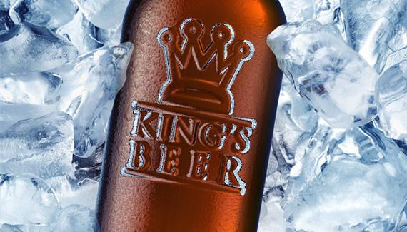 Bouteille de bière dans la glace
