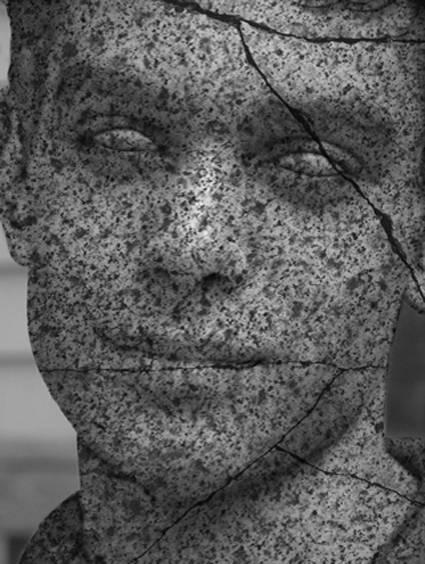 Portrait statue